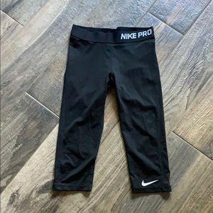 Nike Pro 3/4 leggings
